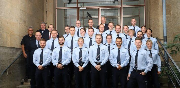 Landrat begrüßt neue Polizistinnen und Polizisten