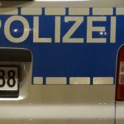 Firmeneinbruch, Busfahrer beklaut, Betrunken Streifenwagen überholt