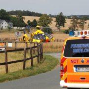 Ungewöhnlicher Verkehrsunfall am Freitag – Person eingeklemmt unter Pferdegespann