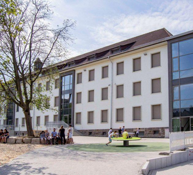 Antwort aus Düsseldorf ist leider keine Hilfe – Schulsituation bleibt unbefriedigend