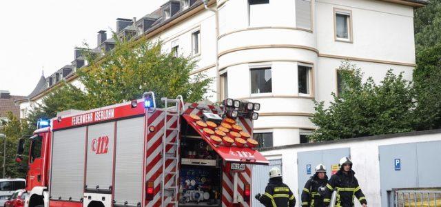 Unklare Rauchentwicklung aus Gebäude