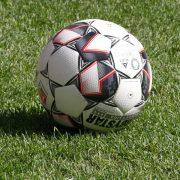 Schläge am Rand eines Fußballturnier