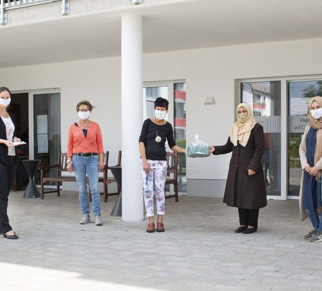 Städtische Pandemie-Koordinierungsstelle dankt ehrenamtlich Engagierten für selbstgenähte Schutzmasken