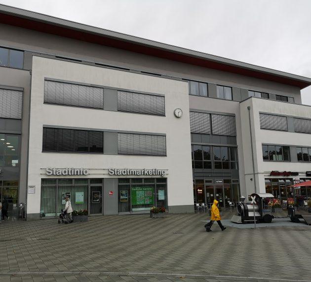 In kleinen Schritten zurück in die Normalität: Touristinfo und Abo-Büro des Parktheaters öffnen ab Montag wieder