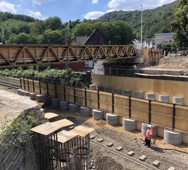 Brückenabriss in Lasbeck erfolgreich abgeschlossen