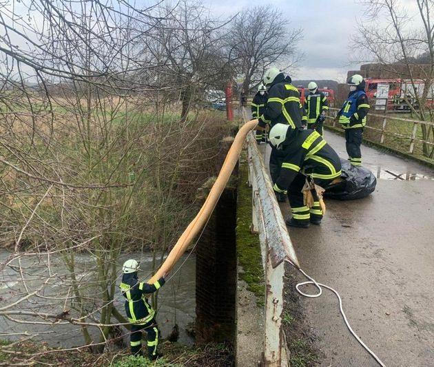 Einsatz am Baarbach – Gewässerverunreinigung