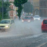 Kräftige Gewitter mit Unwetterpotenzial – Überflutungen möglich
