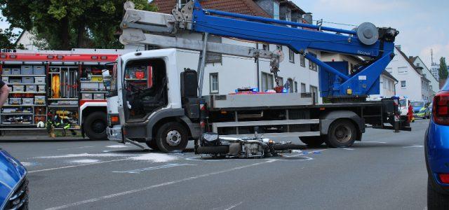 54-jähiger Motorradfahrer stirbt nach Unfall