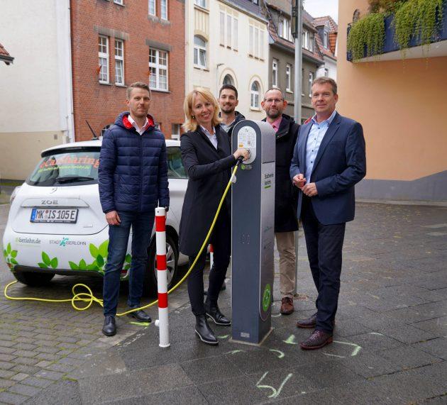 Ladeinfrastruktur für Elektrofahrzeuge im Rahmen des Verbundprojektes NOX-Block offiziell in Betrieb genommen